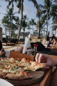 Pizza at the Finn's - best restaurants in Bali