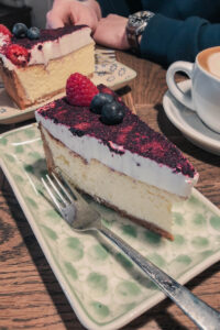 Bertels Copenhagen Cheesecakes with Berries on Top
