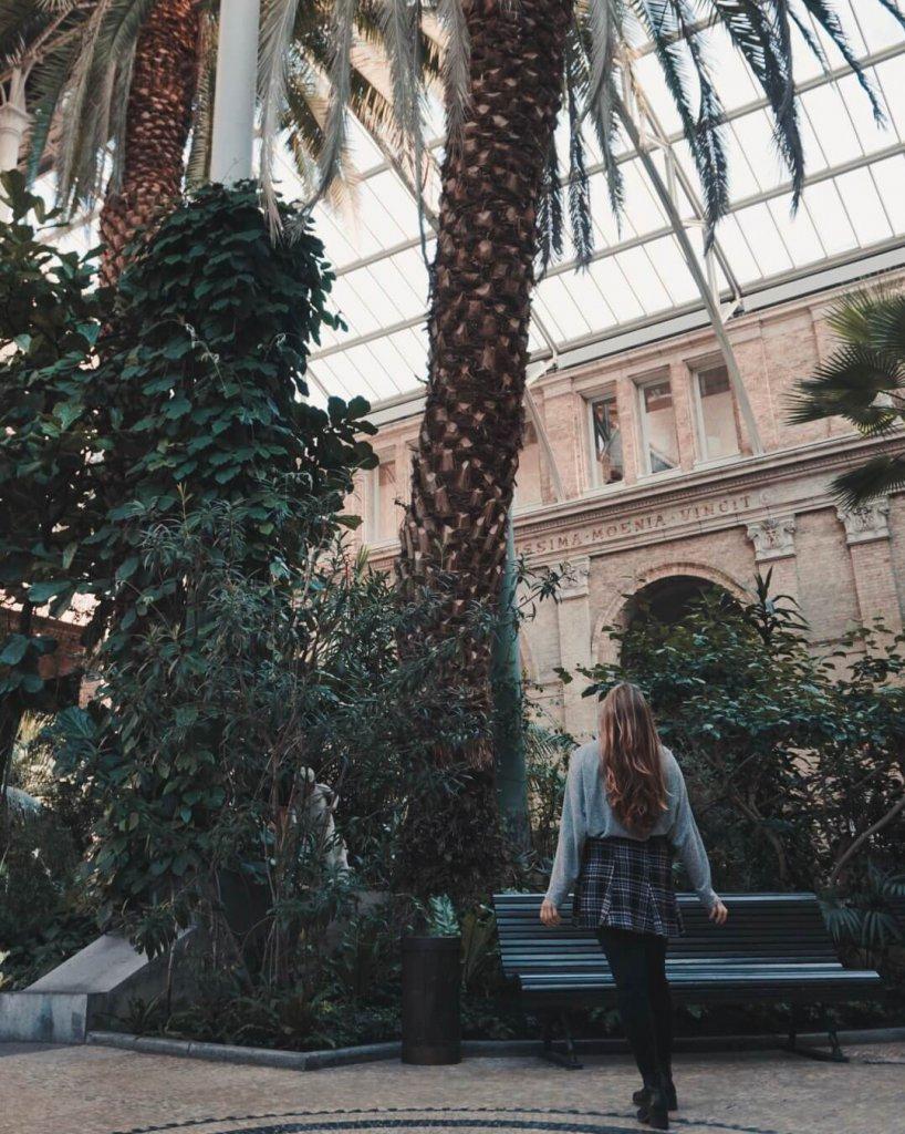 Me standing in front of a Palm Tree in the Main Hall of the Glyptoteket, Copenhagen - La Vie En Marine