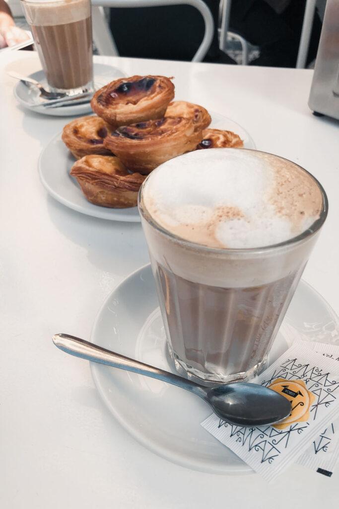 Coffee & Pastels de Nata