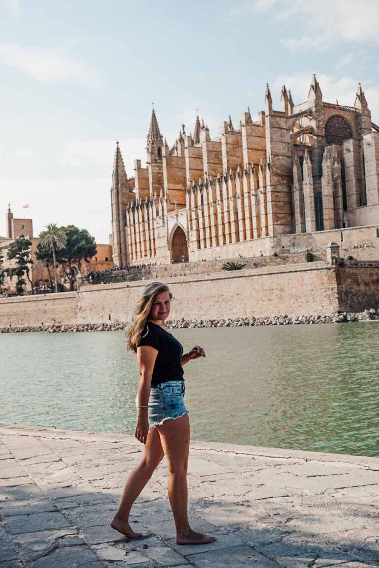 Beautiful cathedral of Palma De Mallorca - La Vie En Marine