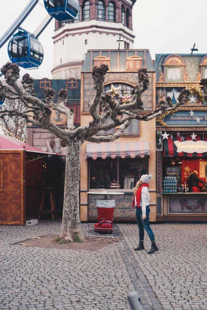 Christmas Market Next to the Schlossturm , Christmas Markets in Düsseldorf - La Vie En Marine