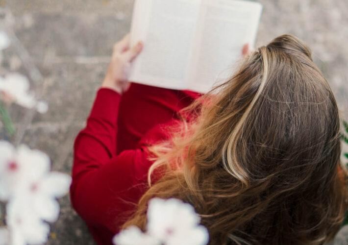 5 Books that Will Change Your Life - La Vie En Marine